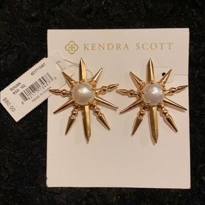 KENDRA SCOTT 🔥 Retired Rogan earrings Rose gold
